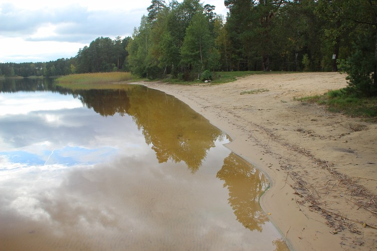 Пляж святое озеро 83