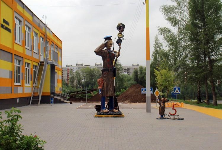 Памятник дяде степе нижний новгород адрес памятник собаке хабаровск